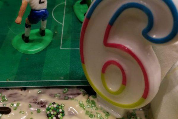 Ein Kuchen zum sechsten Geburtstag