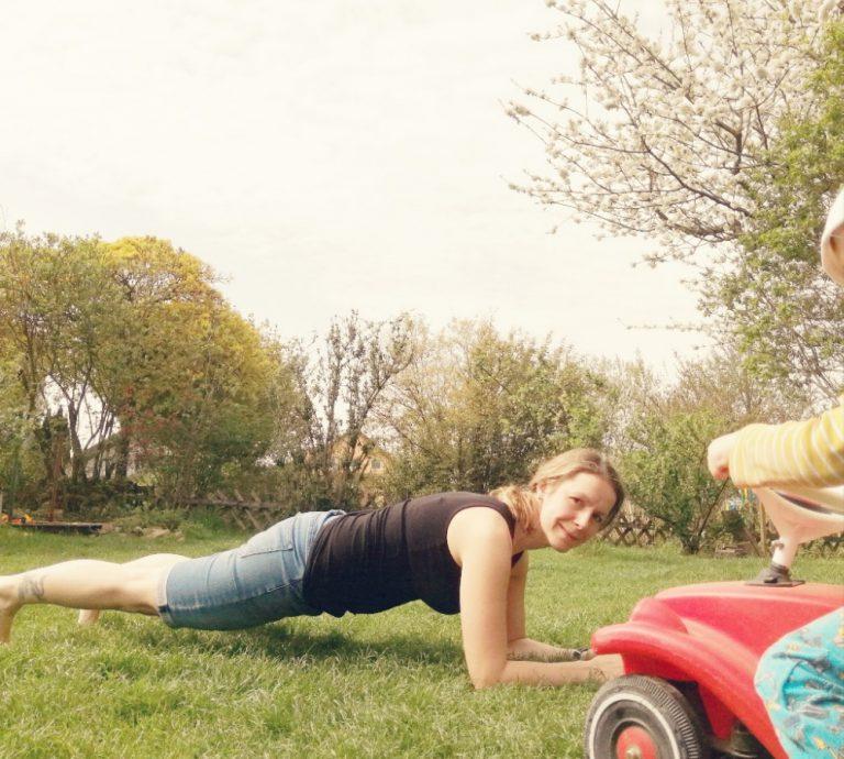 Fit in 21 Tagen: Die Plank-Challenge für Mamas