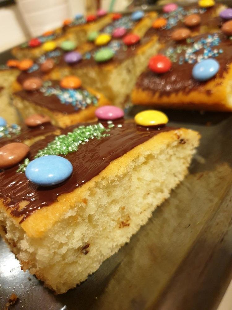 Fantakuchen: Der schnellste Blechkuchen der Welt (ohne Eier)