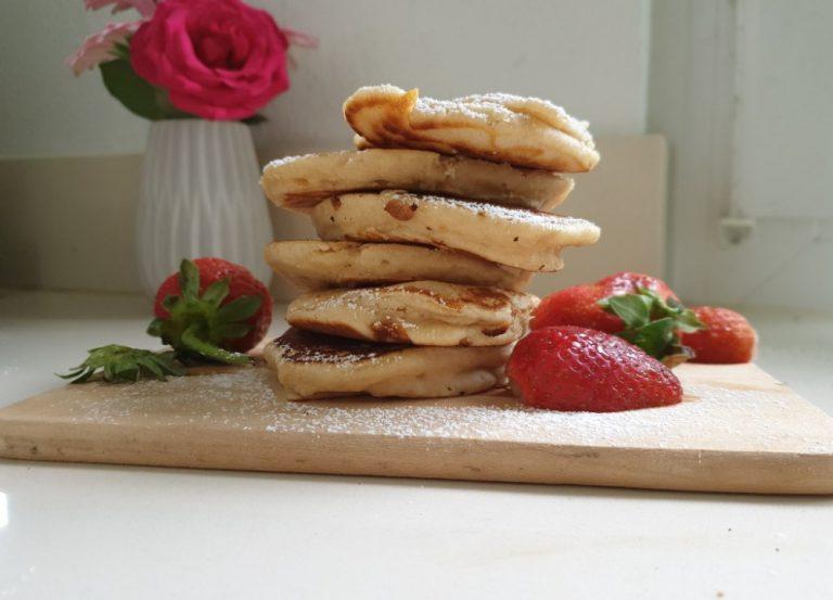 Pancakes ohne Eier und ohne viel Aufwand – ein perfektes Frühstück für Kinder
