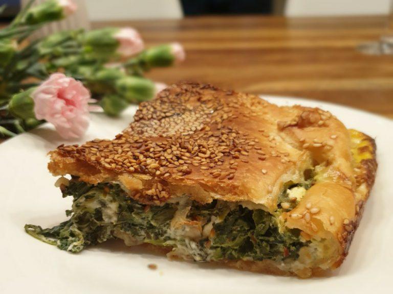 Spinat-Feta-Auflauf in Blätterteig – ein perfektes Essen für alle Schafkäse-Liebhaber