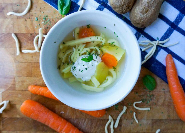 Kartoffel-Spätzle-Eintopf- ein unglaublich schnelles Essen für Kinder